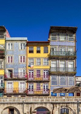 POR10343AWRF Colourful houses at Cais da Ribeira, Porto, Portugal