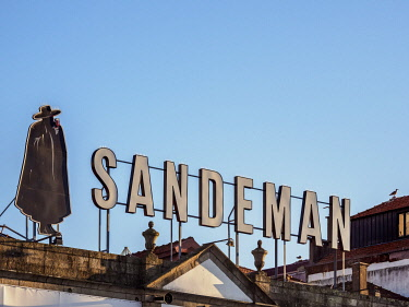 POR10371AW Sandeman Winery, Vila Nova de Gaia, Porto, Portugal