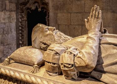 POR10441AW Vasco da Gama Tomb, Church of Santa Maria, Jeronimos Monastery, Belem, Lisbon, Portugal