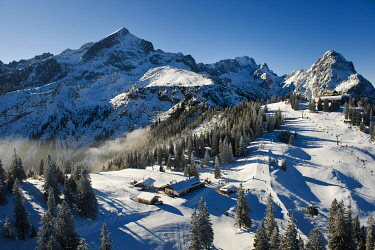 IBXFFF03762586 Ski resort at Mt. Kreuzeck, Garmisch-Partenkirchen, Upper Bavaria, Bavaria, Germany, Europe