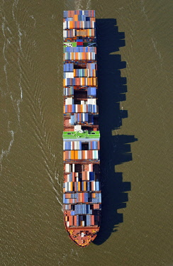 IBLHWE03727923 NYK Venus, container ship of the shipping company NYK Lines, aerial view, Hamburg, Hamburg, Germany, Europe