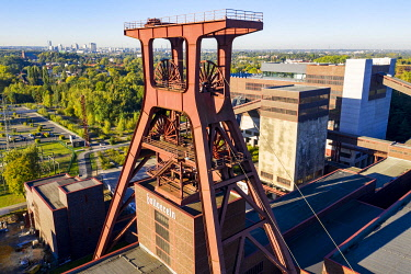 IBLJOT04799906 World Heritage Zollverein colliery in Essen, double trestle pithead of shaft 12, drones photo, Essen, North Rhine-Westphalia, Germany, Europe