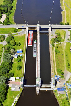 IBLHWE03485685 Aerial view, Geesthacht Lock on the Elbe River, Geesthacht, Schleswig-Holstein, Germany, Europe