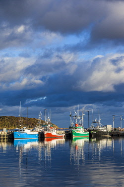 CA05110 Canada, Nova Scotia, Cabot Trail, Cheticamp, town harbor with fishing boats, dawn
