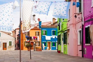 IBLYAN01879798 Colourful houses, Burano, Venice, Italy, Europa, Europe