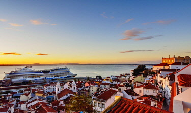 IBLKOZ04465663 Alfama Neighbourhood, Tajo River, Miradouro das Portas do Sol, Lisbon, Portugal, Europe