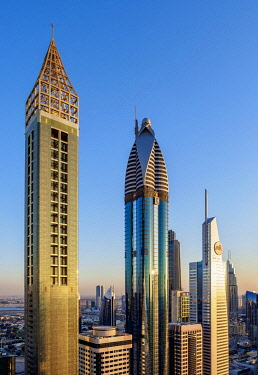 IBLKOZ04656177 UAE, Dubai, Sheik Zayed Road, Gevora Hotel (far left - tallest hotel in the world as of 2018) & Rose Rayhaan by Rotana Hotel