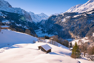SWI8290AW Wengen and Lauterbrunnen valley, Berner Oberland, canton of Bern, Switzerland