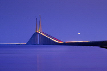 US11967 Sunshine Skyway Bridge, Tampa Bay, Full Moon, Saint Petersburg, Florida