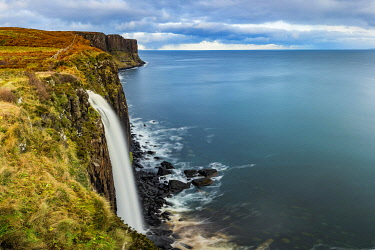 IBXSEI04810655 Kilt Rock waterfall at cliff with North Sea in background, Portree, Isle of Skye, Scotland, United Kingdom, Europe