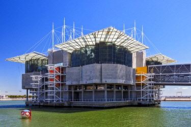 POR10514 Oceanario aquarium, Parque das Nacoes, Park of the Nations, Lisbon, Portugal.