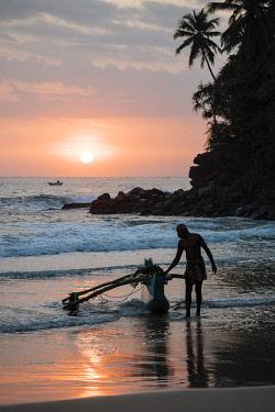SRI2255AW Talalla Beach at dawn, South Coast, Sri Lanka, Asia