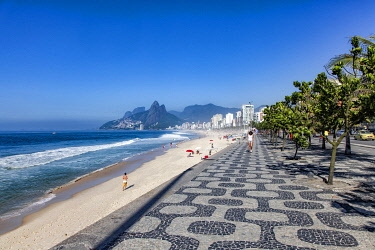 BRA3761 The famous beach of Ipanema in Rio de Janeiro.