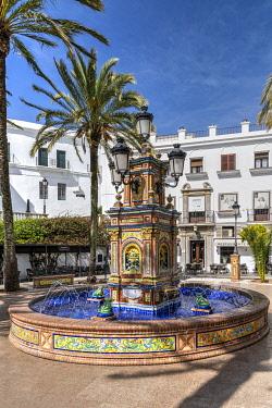 SPA8979AWRF Plaza de Espana, Vejer de la Frontera, Andalusia, Spain