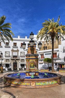SPA8980AWRF Plaza de Espana, Vejer de la Frontera, Andalusia, Spain