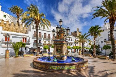SPA8981AWRF Plaza de Espana, Vejer de la Frontera, Andalusia, Spain