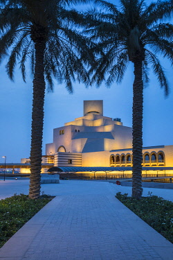 QT01486 Museum of Islamic Art by I.M. Pei, Doha, Qatar