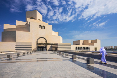 QT01513 Museum of Islamic Art by I.M. Pei, Doha, Qatar