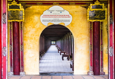 VIT1526AWRF The Imperial City, Hue, Vietnam