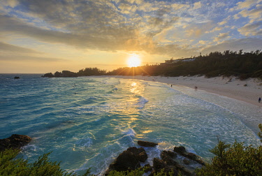 BU01081 Bermuda, Southhampton Parish, Horseshoe Bay Beach