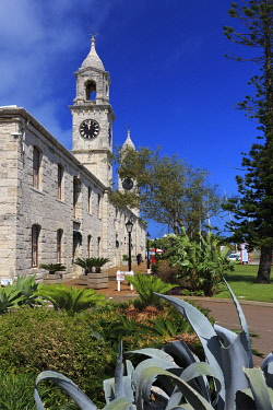 BU01107 Bermuda, Royal Naval Dockyard, the Clocktowers