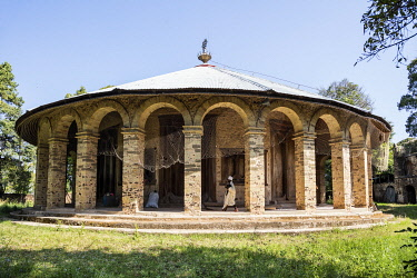 ETH3692 Ethiopia, Lake Tana, Dek Island, Amhara Region. The round church of Narga Selassie was built in the eighteenth century on the instructions of Queen Mentuwab when she was regent to her son Emperor Iyas...