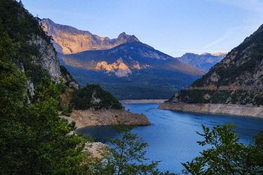 IBXMAN04829516 Pivsko jezero dam at sunrise, Pluzine province, Montenegro, Europe