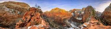 IBXVFW04836444 360-degree panorama from Angels Landing Trail, Zion Canyon, Big Bend, Virgin River, Angels Landing, in winter, mountain landscape, Zion National Park, Utah, USA, North America