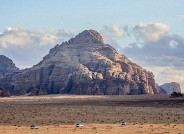 IBLKOZ04853031 Jeep Tour at Wadi Rum, Aqaba Governorate, Jordan, Asia