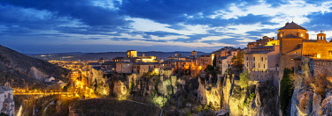 SPA9049AW The walled town of Cuenca, a Unesco World Heritage Site. Castilla la Mancha, Spain