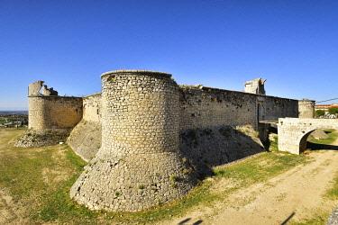 SPA9085AW The medieval castle of Chinchon. Castilla La Mancha, Spain