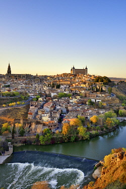 SPA9107AW Toledo and the Tagus river at twilight, a Unesco World Heritage Site. Castilla la Mancha, Spain