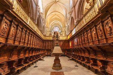 SPA9114AW Interior of the Catedral de Santa Maria y San Julian de Cuenca (Cuenca Cathedral) in the walled town of Cuenca, a Unesco World Heritage Site. Castilla la Mancha, Spain