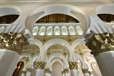 SPA9133AW Santa Maria la Blanca synagogue dating back to the 12th century. A Unesco World Heritage Site. Toledo, Castilla la Mancha. Spain