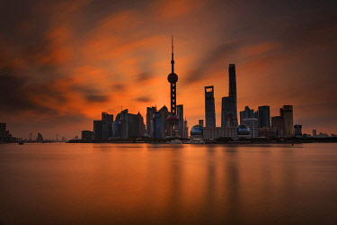 CH11773AW Asia, China, Shanghai, Pundong District, Huangpu River, Skyline