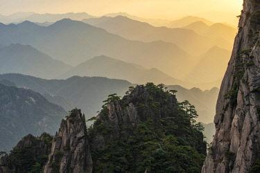CH11806AW Asia, China, Anhui Province, Mount Huangshan , UNESCO , Yellow Mountain,