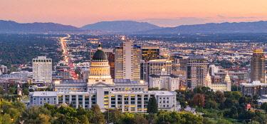 USA14382AW State Capital building and skyline of Salt Lake City, Utah, USA