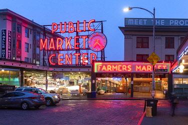 USA14437AW Pike Place Market, Seattle, Washington, USA