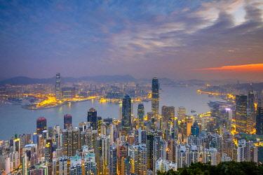 CH11972AWRF Skyscrapers in central Hong Kong seen from Victoria Peak at dawn, Hong Kong Island, Hong Kong, China
