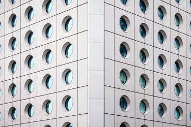 CH11923AW Circular windows, exterior of Jardine House, formerly known as Connaught Centre, Central District, Hong Kong Island, Hong Kong, China
