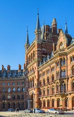 ENG16198AW United Kingdom, England, London. St Pancras International railway station.