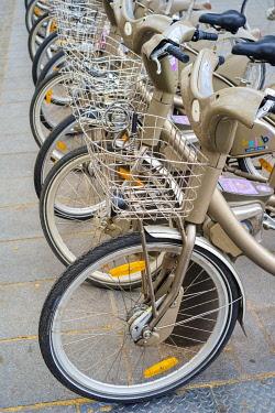 FRA11225AW Vélib' public bicycle rentals, Paris, Île-de-France, France.