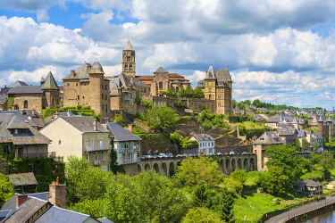 FRA11241AW Abbey town of Uzerche on the Vézère River, Corrèze, Limousin, France