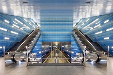 GER11773AW Überseequartier station on U4 U-Bahn line, HafenCity, Hamburg, Germany