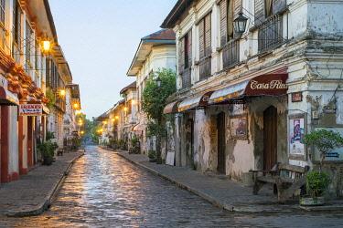PHI1566AW Calle Crisologo at dawn, Vigan City, Ilocos Sur, Ilocos Region, Philippines