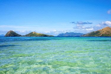 PHI1590AW Clear blue ocean water near CYC Island, Coron, Palawan, Philippines