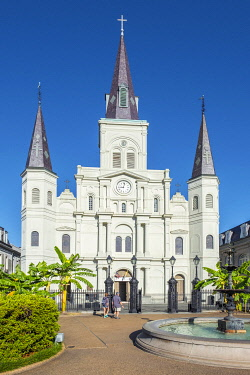 USA14482AW United States, Louisiana, New Orleans, French Quarter. Saint Louis Cathedral on Jackson Square.