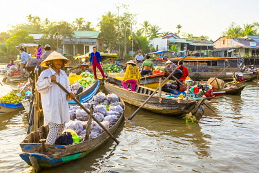 VIT1633AW Phong Dien floating market, Phong Äiá�n District, Cá��n Thơ, Mekong Delta, Vietnam