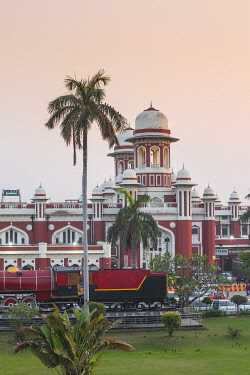 IN376RF India, Uttar Pradesh, Lucknow, Charbagh, Lucknow Railway station