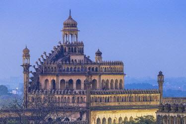 IN08338 India, Uttar Pradesh, Lucknow, Rumi Darwaza